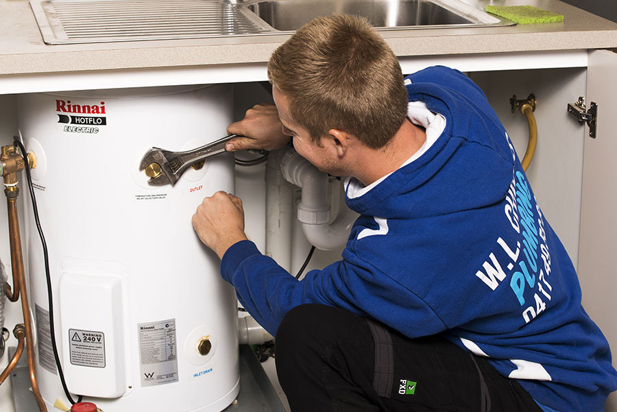 Fast hot water unit replacement service
